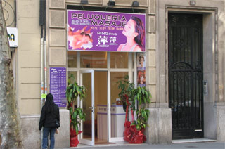 Peluquerias Chinas con final feliz en Barcelona y Madrid